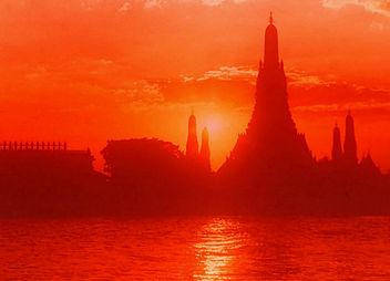 Sunset Bangkok_www.spaciousplanet.com bangkokSunset31612249204045901