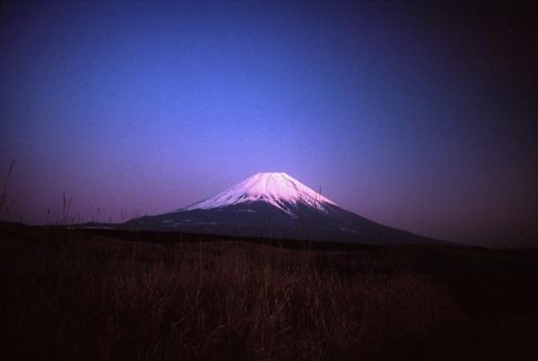 Sunset Fujiyama_www.commons.wikimedia.org FujiAfterSunset