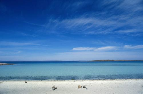 Mulegé Beach, Baja California Sur, Mexico. Photo: Getty Images, Adalberto Rios Szalay