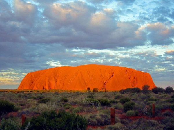 Longitude 131_Ayers Rock_AU_Uluru_Australia(1)