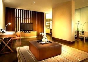 Naumi Singapore 11