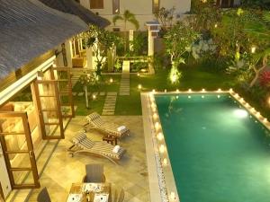 Bali Villas 4 Rent_The Residence_Seminyak_BALI_pool-terrace-villa-shamara-48