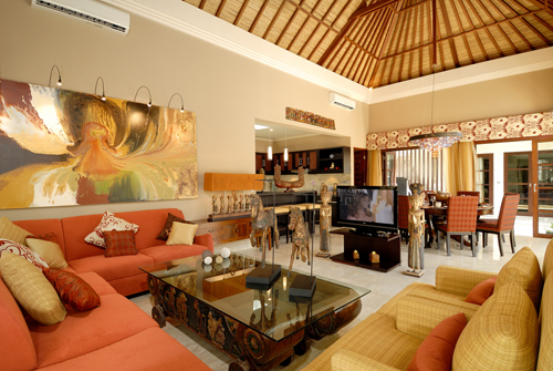 Bali Villas 4 Rent_The Residence_Seminyak_BALI_TRS-3---4-lux---Living-1