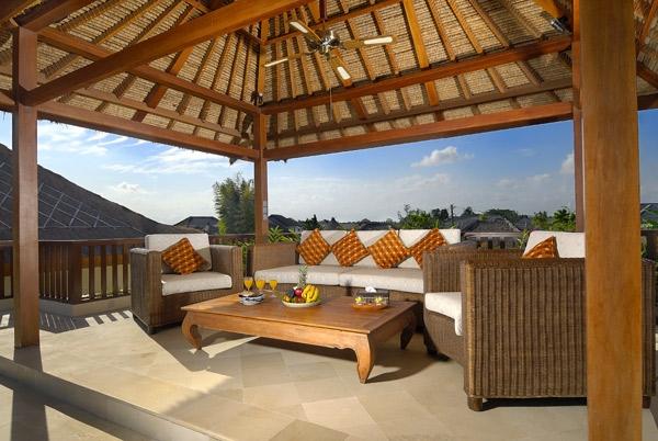 Bali Villas 4 Rent_The Residence_Seminyak_BALI_upstairs-bale-deluxe-villa-jepun-13