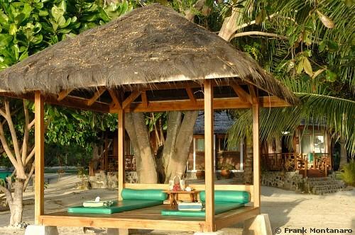 Gangga Island Resort-MANADO-INS-photo Frank Montanaro-bungalow05