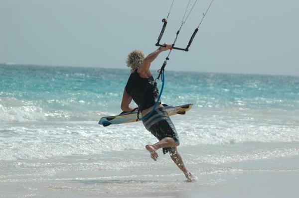 Kitesurfing-PhotosKite surfing Tulum 2005 Competition-www.seamonkeybusiness.com-tulum_kitesurfing_16