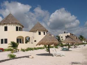 Balamku Inn on the Beach-Mahahual-MX 4