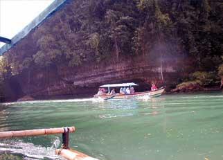Cukang Taneuh-W Java-boat