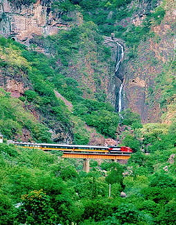 El Cheppe-Copper Canyon Train-MX-2