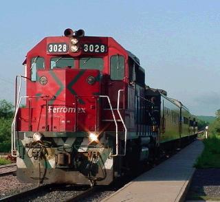 El Cheppe-Copper Canyon Train-MX-Engine-photo www.trainweb.org