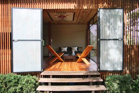 Hamadryade Eco Lodge-ECUADOR-Cabin-Entrance