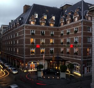 hotel-amigo_exterior