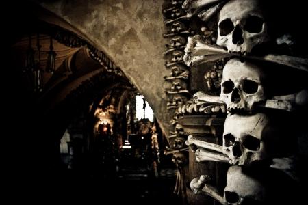 Kutná Hora-CZ-sedlec-ossuary-03-augustus-2007-14u28
