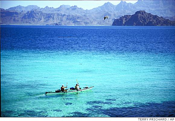 Kayaking in the Bahia de Loreto National Park, in the Sea of Cortez, Mexico.  Photo: Terry Prichard/AP