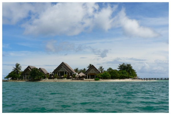 Umang Island-W Java 6-photo Uban