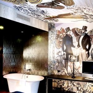 bellechasse-art-hotel-room2