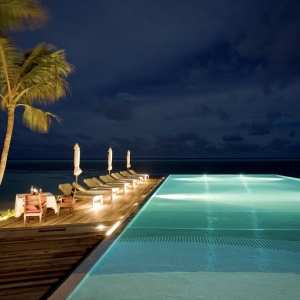 Diva-MALDIVES Pool 1