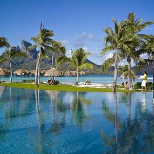 Four Seasons Bora Bora-TAHITI Pool 2