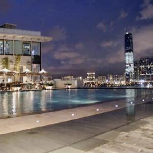 Four Seasons Hong Kong-Rooftop Pool 2