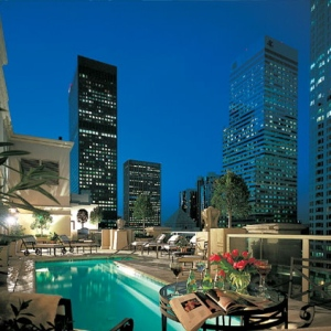 Hilton Checkers-LA Rooftop Pool 1