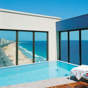 hotel-marina-all-suites-rio-de-janeiro-brazil-rooftop-pool-1