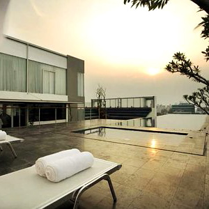 Kemang Icon by Alila-Jakarta-INS-Rooftop Pool 2