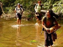 Orang Utan Volunteer-River crossing (Photo Ivona Foitova)