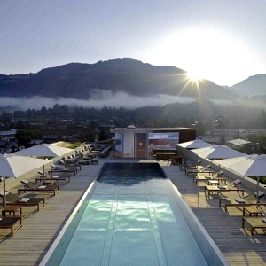 Schwarzer Adler Kitzbuhel Wellness & Spa Hotel-AUSTRIA Rooftop Pool 2