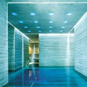 Therme Vals Spa-SWITZERLAND Indoor Pool 1