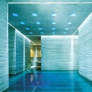 Therme Vals Spa-SWITZERLAND Indoor Pool 1