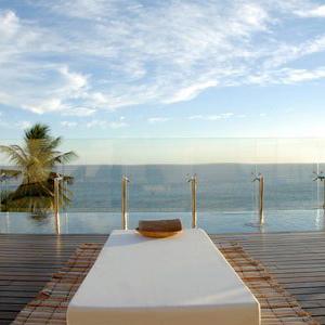 zank-boutique-hotel-salvador-da-bahia-brazil-pool-1