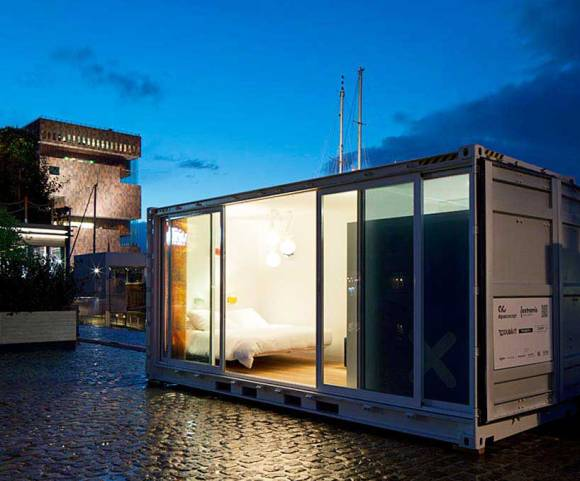 Sleeping-Around-Container-Pop-Up-Hotel_dian-hasan-branding_Antwerp-BE-15