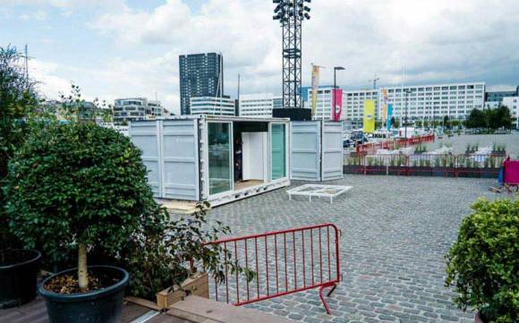 Sleeping-Around-Container-Pop-Up-Hotel_dian-hasan-branding_Antwerp-BE-22
